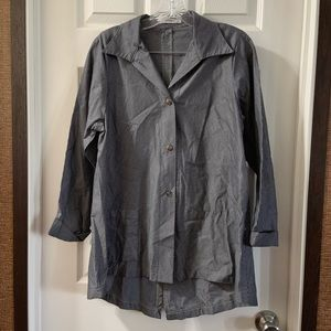 Vitamin Grey Striped Button Down Shirt M